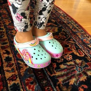 Girls size 10 light up crocs